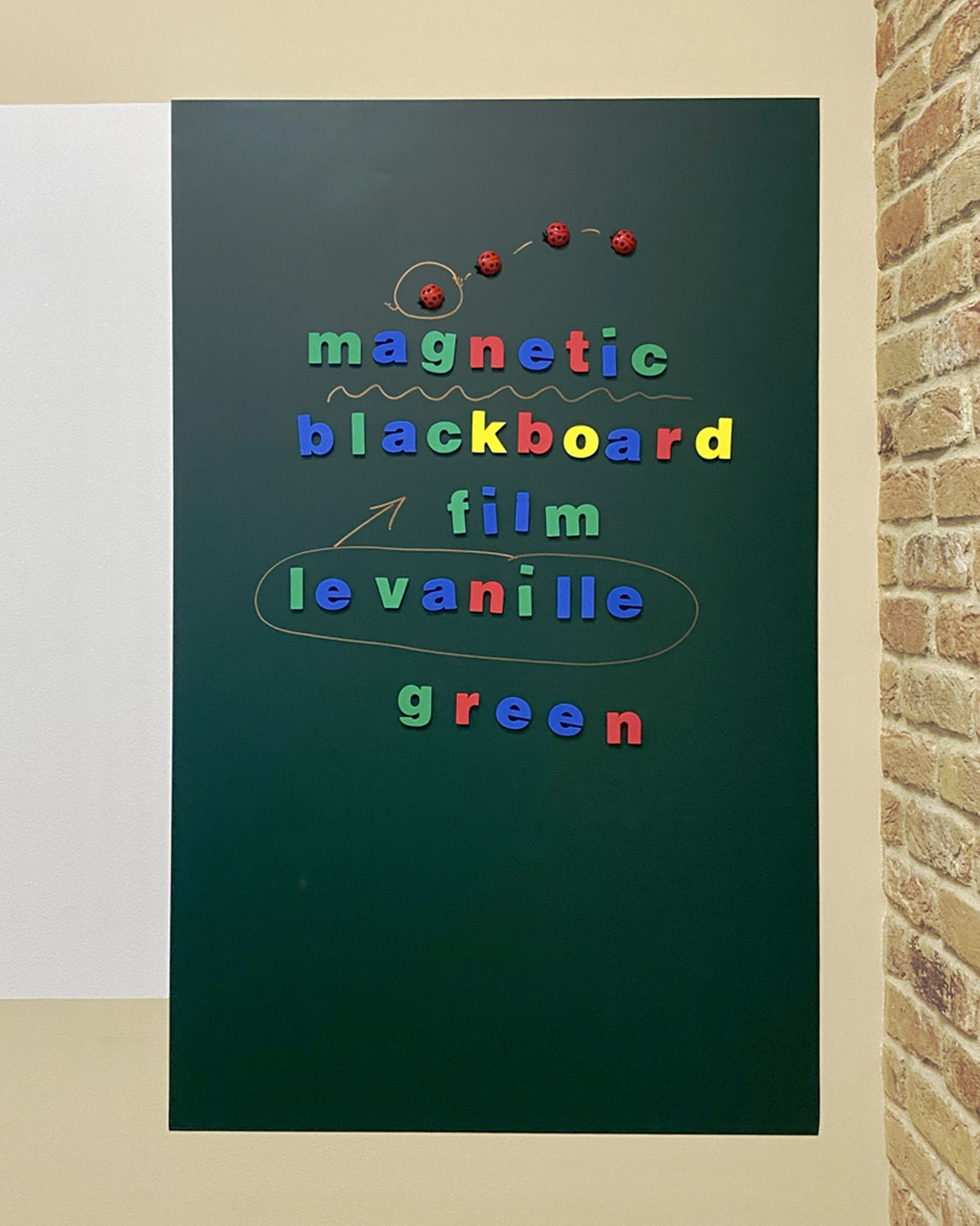 LeVanille-magnetic-blackboard-film-green-example-1200x1500.jpg
